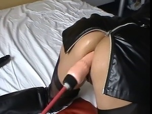 most satisfying anal fuck machine