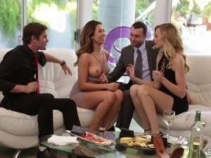 ameature college group sex videos