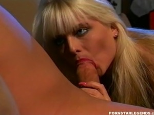 Sexy Savannah fucked by a big cock