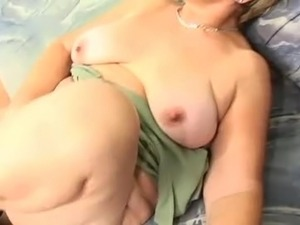 chubby girl group sex