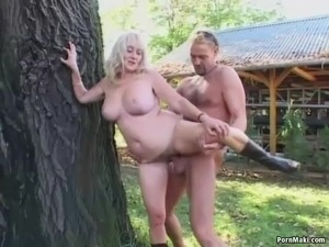 asian girl gets pussy rubbed