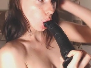 girl big dildo in ass
