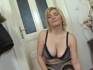 mother interracial blowjob pictures