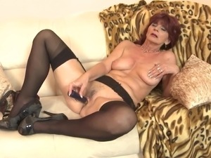 hot old sexy bitches fuck