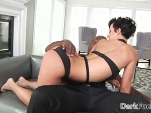 big butt housewife tube