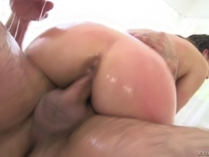 lesbian licking and fingering some ass
