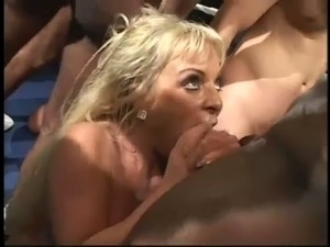 small blonde beauty anal