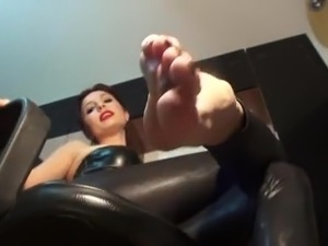 reality tv foot fetish video