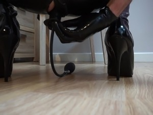 sex in boots pics