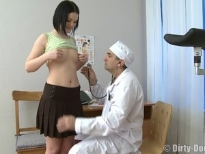 Russian girls live