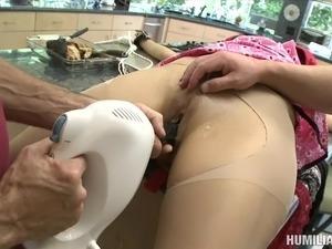 Curvy slaved babe in bondage getting the pleasure of huge machine