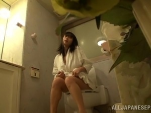 girl on the toilet video