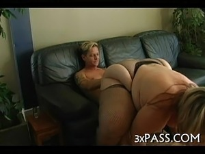 beautiful blonde oral sex