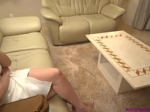 japanese girl jerk off