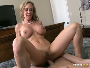 blonde milfs fuck big dicks