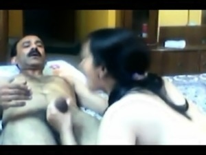 indian women naked pics and videos