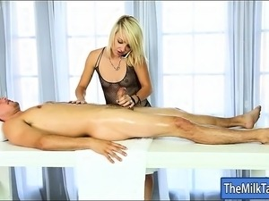 Blonde masseuse Carmen Callaway screwed on massage table