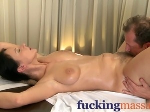 free mature woman orgasm video