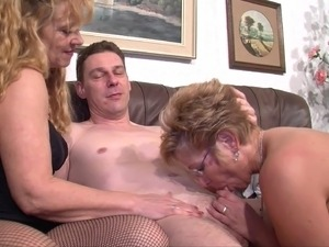 busty moms anal videos