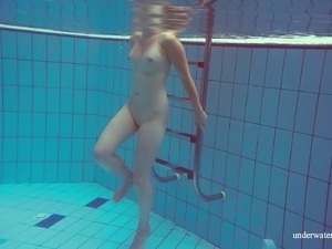 underwater bikini video