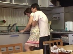 English teen showing pink the kitchen
