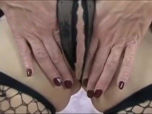 mature clit video