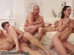 free swinging sex orgy videos