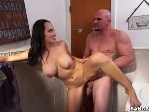 Sex in bathroom videos