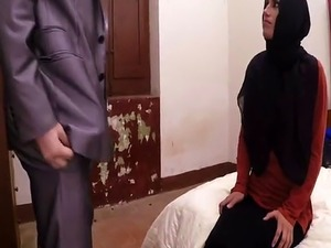 arabian girl blowjob