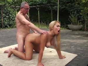 free erotic young porn videos