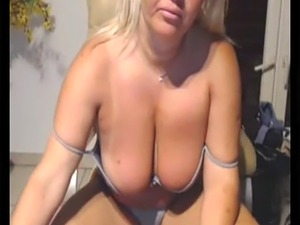 mature in panties on webcam