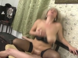 free vids of naked milfs