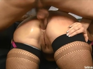 tiny girl throat fucked