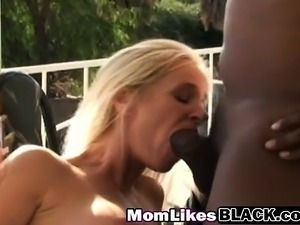 blonde outdoors tits video