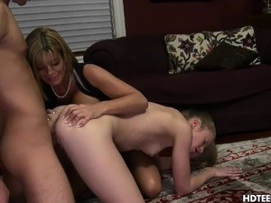 Dick sucking stepmom attack boyfriend