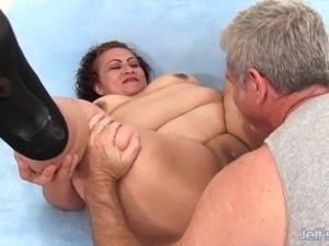 fat girls try anal