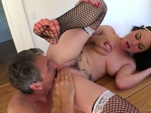 lesbians with big natural boobs