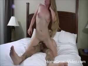 natural amateur mom galleries