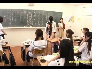 youg asian school girls