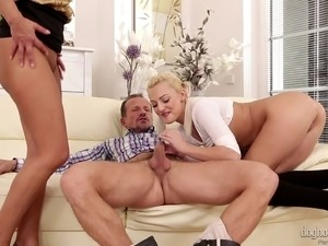 drunk girl blonde blowjob youjizz