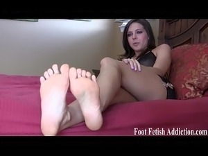 shoes for petite feet