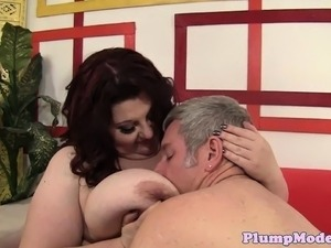 fat girls fuck small dick