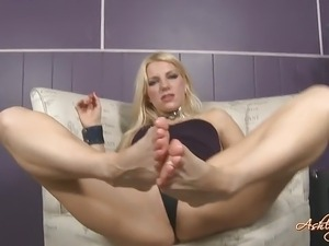 sexy foot suck girls