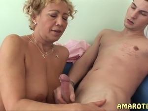 mature women naked sex