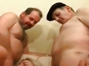 lesbian shemale gangbang