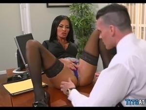 girl havign sex at work