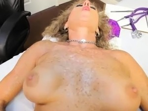 young naked beach girls vids