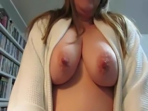mature redhead pussy thumbs