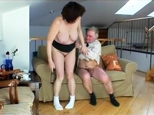 free mature black granny videos