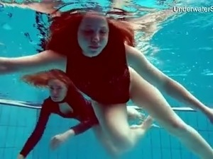 hot bikini underwater gallery